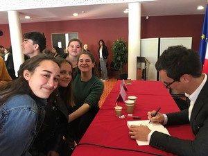 Rencontre des 2des avec l'écrivain Julien Sandrel, lauréat du Prix Méditerranée des Lycéens 2019 pour son livre La Chambre des Merveilles